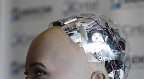Futuri robot con pelle che sente il vento
